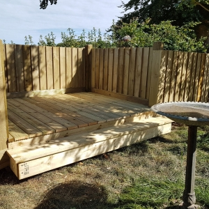 mh2001-Decking